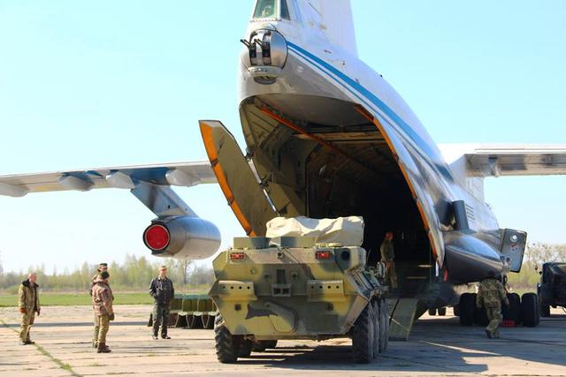Airborne unit drills loading military hardware onboard IL-76 carrier in Zhytomyr region 07