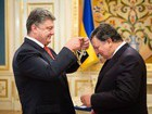 Poroshenko awarded Barroso with Order of Freedom. PHOTOS