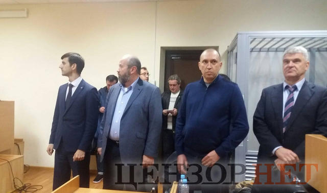 Court places in pre-trial custody businessman Alperin charged with attempt to bribe NABU detective 02
