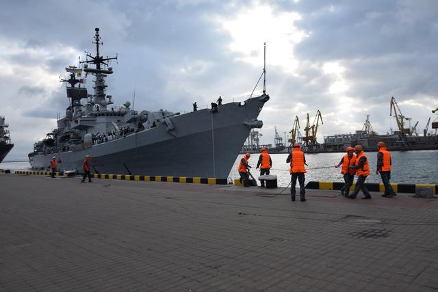 Italian destroyer Luigi Durand de la Penne entered Odesa port 05