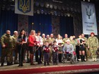 Soldiers and volunteers awarded with 'People`s Hero of Ukraine' decoration in Poltava. PHOTOS