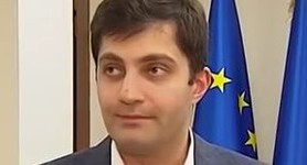 """It is possible to convict a person in absentia, and transfer all his property to the state budget after verdict,"" - Sakvarelidze comments on release of prosecutor-grafter Shapakin. VIDEO"
