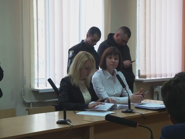 Bail hearing of Euromaidan activist Ivan Bubenchyk kicks off in Pechersk court 04