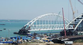 Kerch bridge and Tavrida highway: Russian occupants demolish houses and evict people. VIDEO