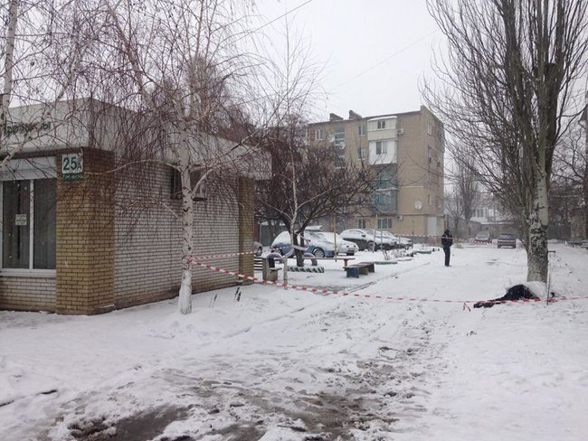 Three policemen severely injured in grenade explosion while detaining suspect in Berdiansk, police chief says 01