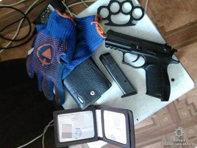 Ring of robbers disguising themselves as policemen detained in Zaporizhia, - National Police 04