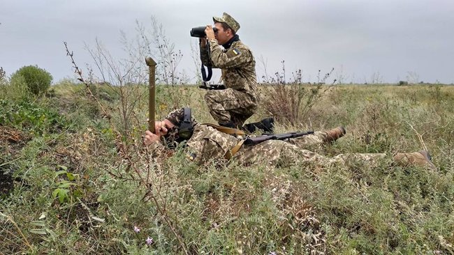 Ukraines Ground Forces commander: Military presence along Azov Sea coast bolstered in response to Russias aggressive behavior 08