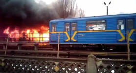 Massive fire reported in Kyiv: thrift market in flames, two metro stations closed. PHOTOS+VIDEO