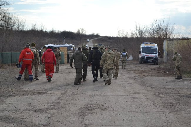 Rada deputies visit Zolote-4 as part of monitoring mission 02