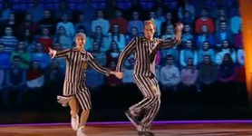 Russian skaters dressed as concentration camp prisoners disgruntle audience. VIDEO