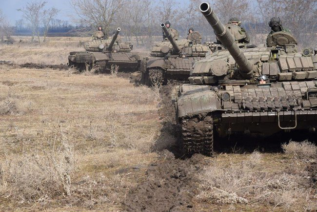 Ukraines Ground Forces commander: Military presence along Azov Sea coast bolstered in response to Russias aggressive behavior 14