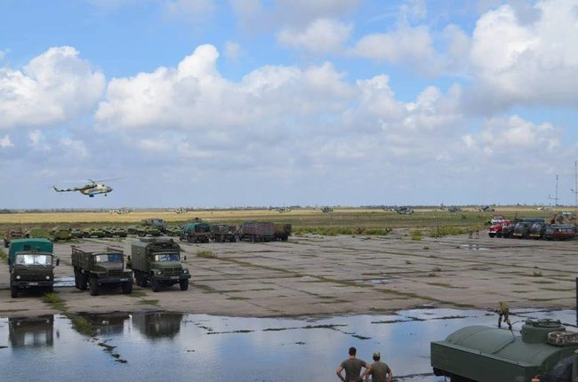 Ukraines Ground Forces commander: Military presence along Azov Sea coast bolstered in response to Russias aggressive behavior 15