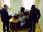 Rector of Berdiansk university nabbed while offering $10,000 bribe to deputy education minister