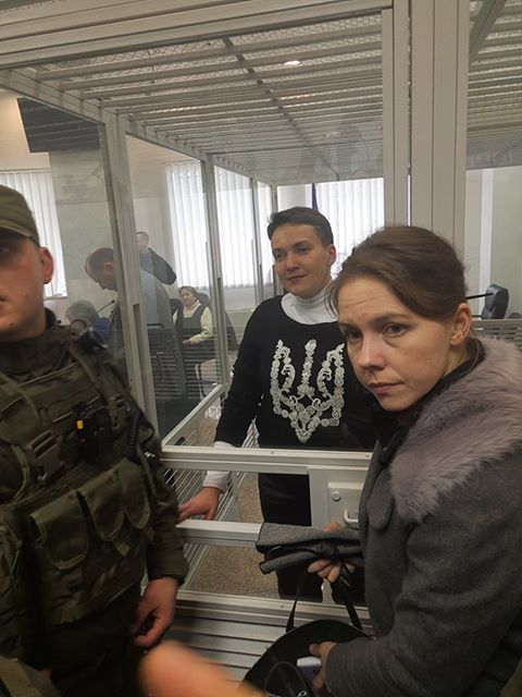 Savchenko trial: indictee in trident-decorated sweater calls Putin to release Ukrainian hostages 03