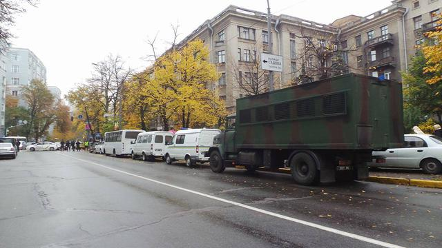 Protests near Rada building in Kyiv on Oct. 17 02