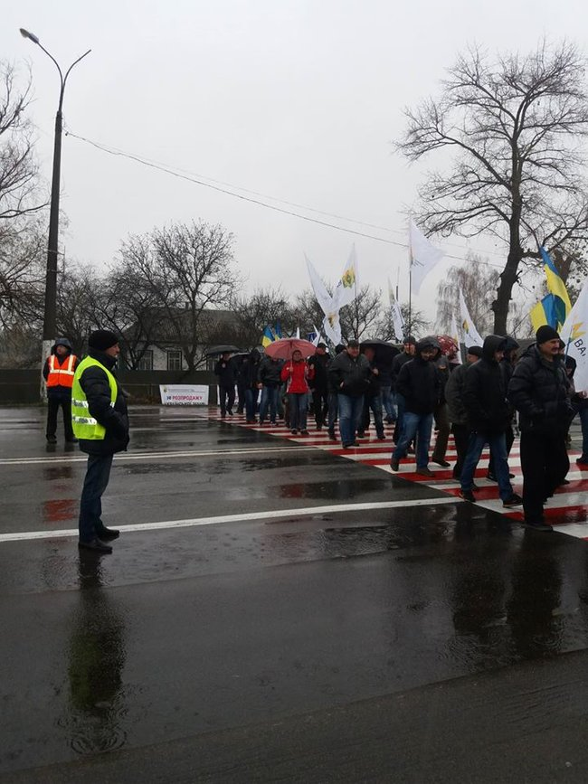 Farmers across Ukraine protesting against introduction of land reform 04
