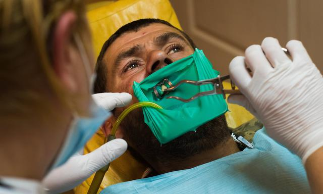 Healthier teeth, stronger fighters: meet Ukraine's frontline dentists 01