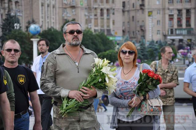 Family, friends, comrades said farewell to volunteer Volodymyr Samoilenko killed in Donbas 13