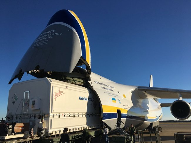 Ukrainian AN-124-100 air carrier successfully transported Orbital ATK's outsized communications satellite 01