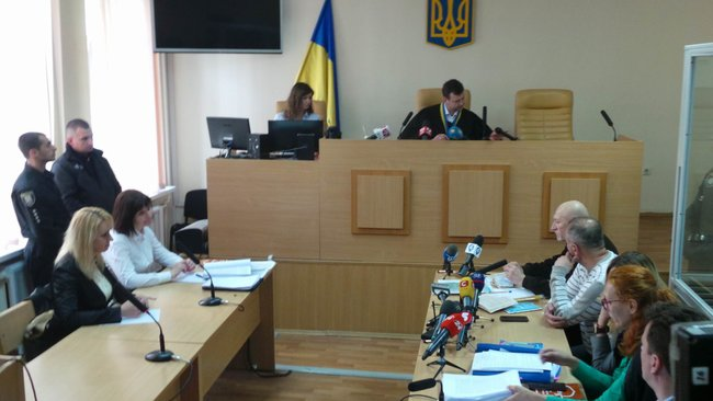 Bail hearing of Euromaidan activist Ivan Bubenchyk kicks off in Pechersk court 07