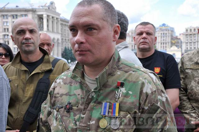Family, friends, comrades said farewell to volunteer Volodymyr Samoilenko killed in Donbas 19