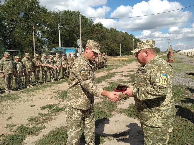 Ukraines Ground Forces commander: Military presence along Azov Sea coast bolstered in response to Russias aggressive behavior 03