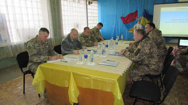 US Army delegation headed by Defense Attaché Wofford visits Ukraine troops' outposts in Donbas, - ATO HQ 04