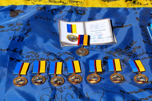 Mariupol tactical force scouts awarded on their professional holiday 02
